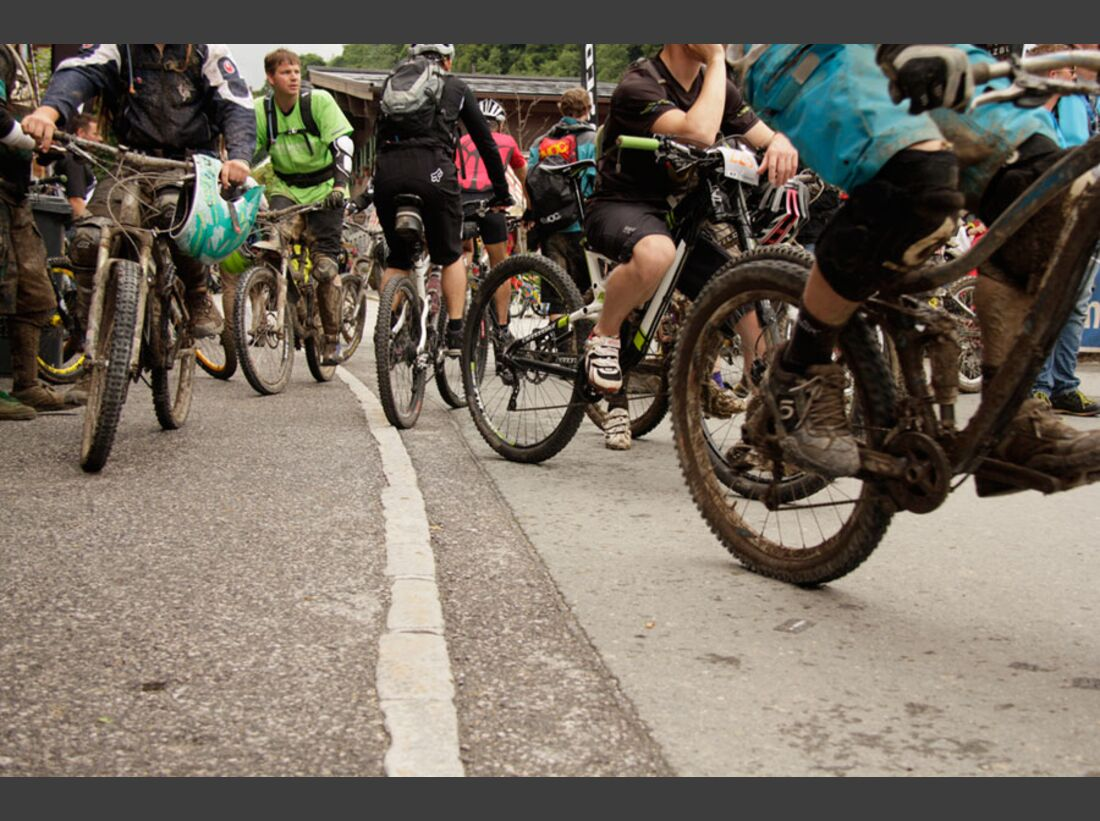 Bikes and Beats Tag 2 Impressionen: Mountainbike-Action, Musik und Festival 12