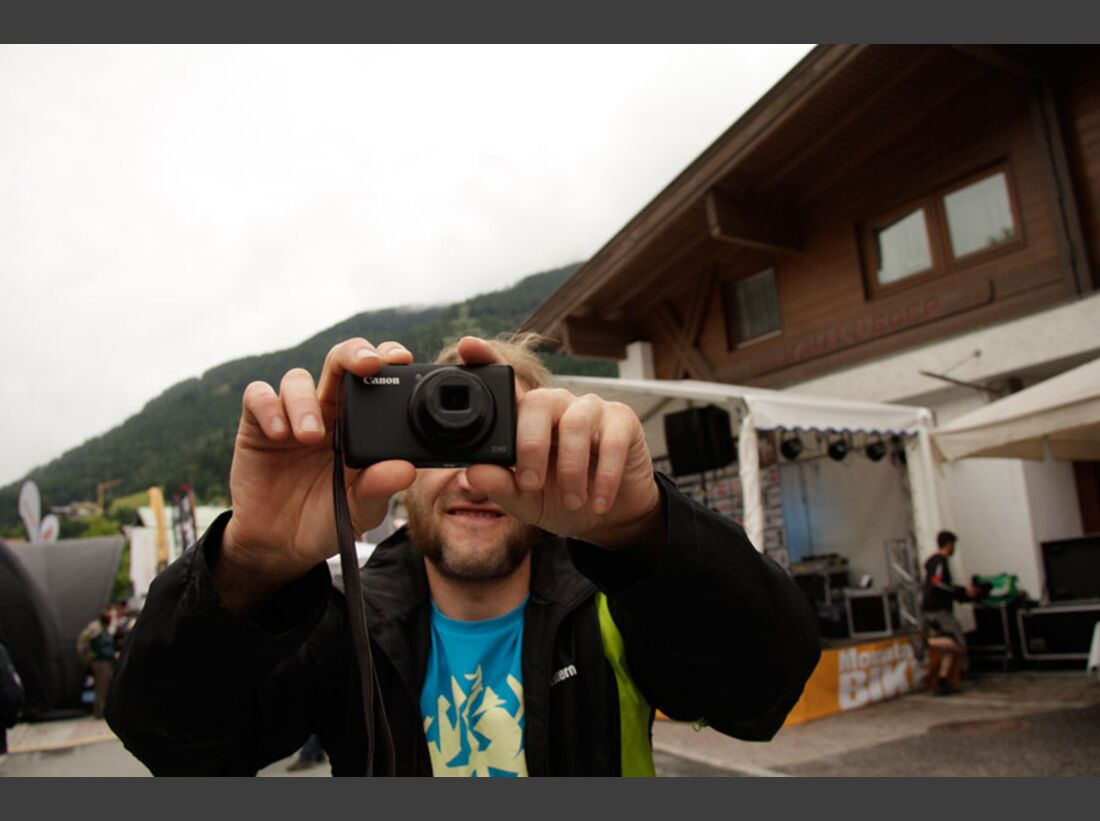 Bikes and Beats Tag 2 Impressionen: Mountainbike-Action, Musik und Festival 3