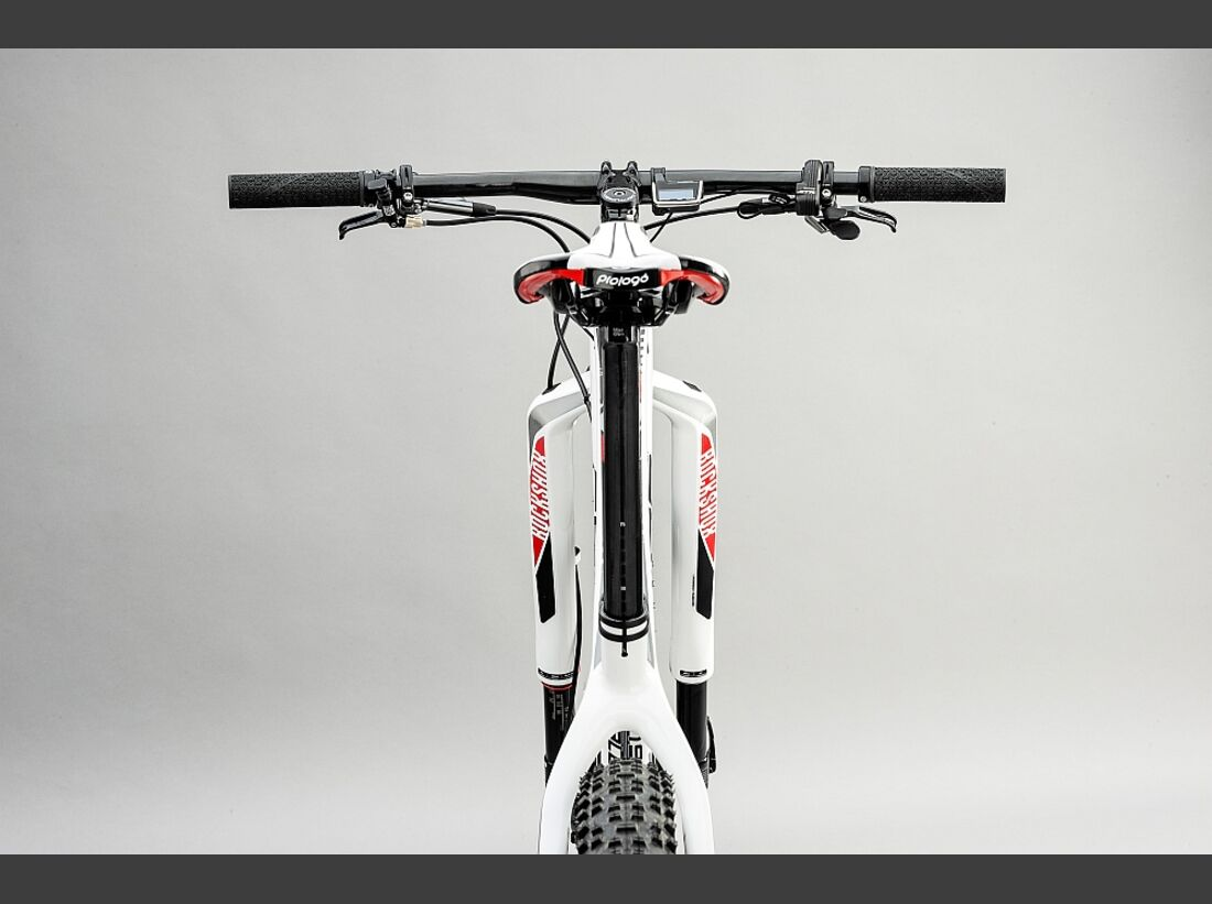 MB Centurion Backfire Edition 40 2016  4 (jpg)