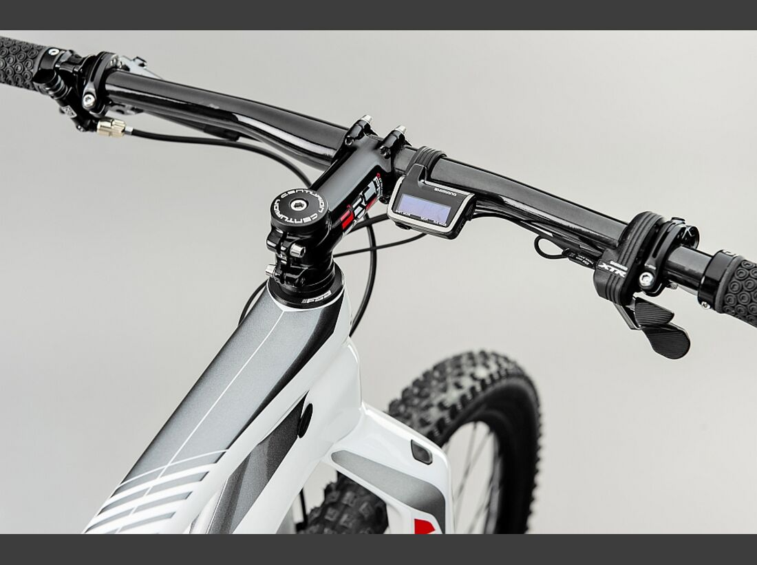 MB Centurion Backfire Edition 40 2016  9 (jpg)