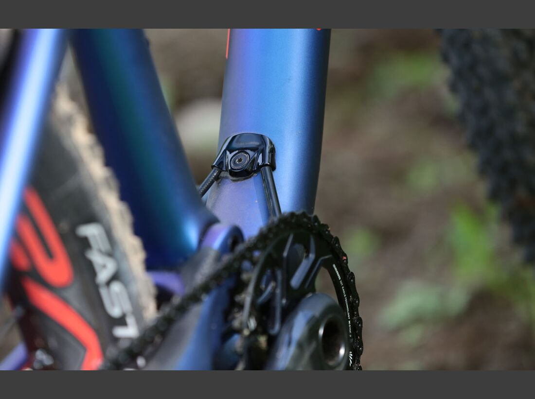 Specialized_Epic_2018_Product0037 (jpg)