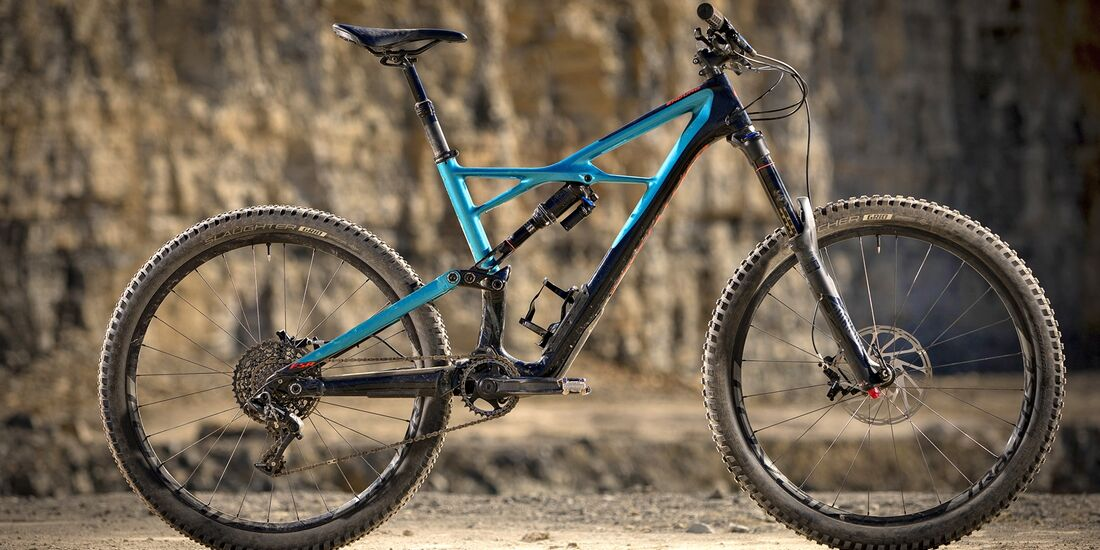 mb-0617-specialized-enduro-elite-carbon-650b-daniel-geiger (jpg)