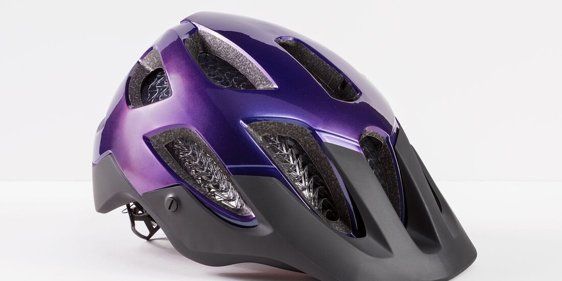 rb-Bontrager-Blaze-WaveCel-LTD-Helmet-Purple.jpg